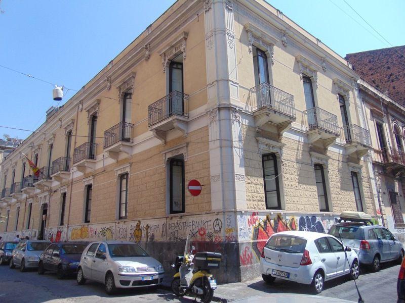 centro storico palazzo d'epoca di mq. 1.400